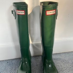 Green Hunter Boots-Near Perfect Condition!